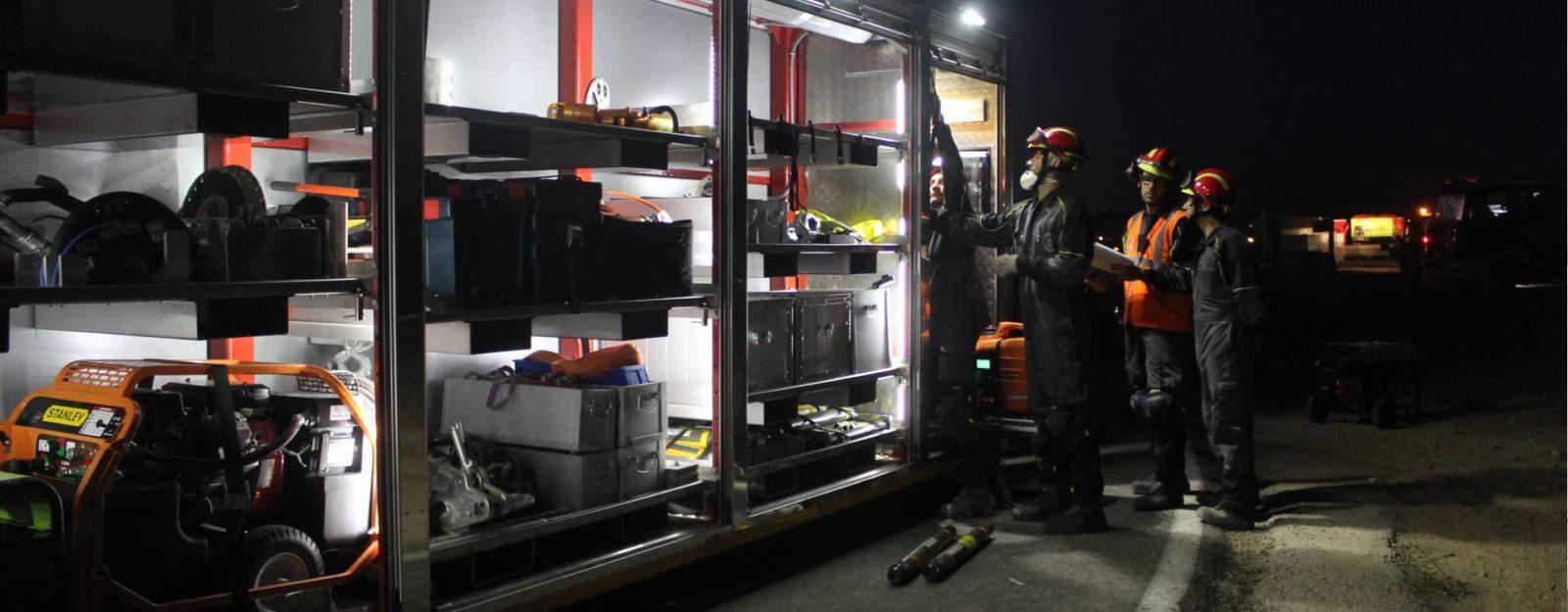 persianas mástiles telescopicos emergencias mástiles contraincendios bomberos rescate
