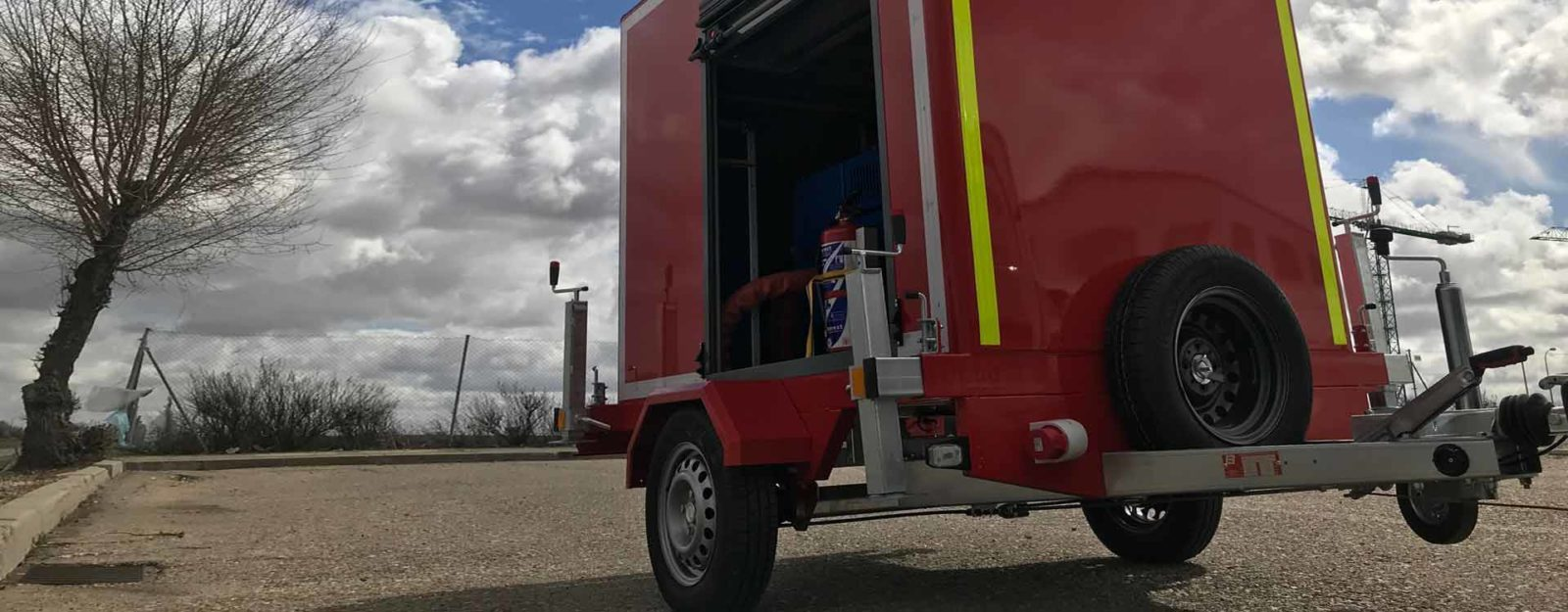 remolques emergencias accesorios mástiles contraincendios bomberos rescate