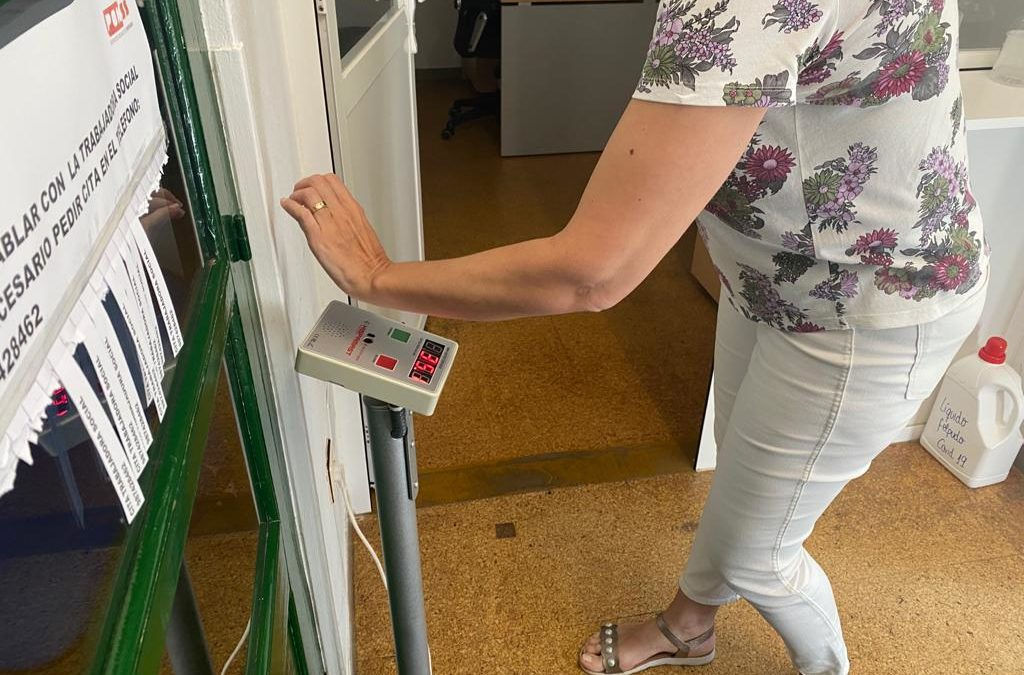 Hispamast entrega 25 escáneres térmicos COVID19 al Ayuntamiento de Ponferrada